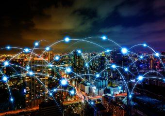 Transitie in de Slimme Stad - De Nederlandse overheid heeft in 2018 het 'Actieplan Digitale Connectiviteit' gepubliceerd met als onderwerp het belang van een hoogwaardige vaste en mobiele digitale communicatie infrastructuur in Nederland voor de toekomstbestendigheid van de Nederlandse economie. Een belangrijke eis voor mobiele operators is, dat als zij gaan deelnemen aan de veiling voor het 5G spectrum in 2020, […]